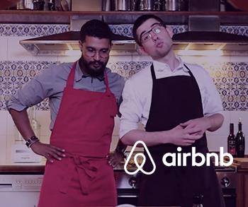 Airbnb met en avant 6 régions de France avec La Fusée Électrique